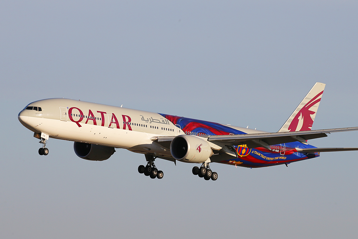 A7-BAE Boeing 777-3DZER (MSN 36104/769) of Qatar Airways, in FC Barcelona special livery, at Perth Airport – 25 March 2015.