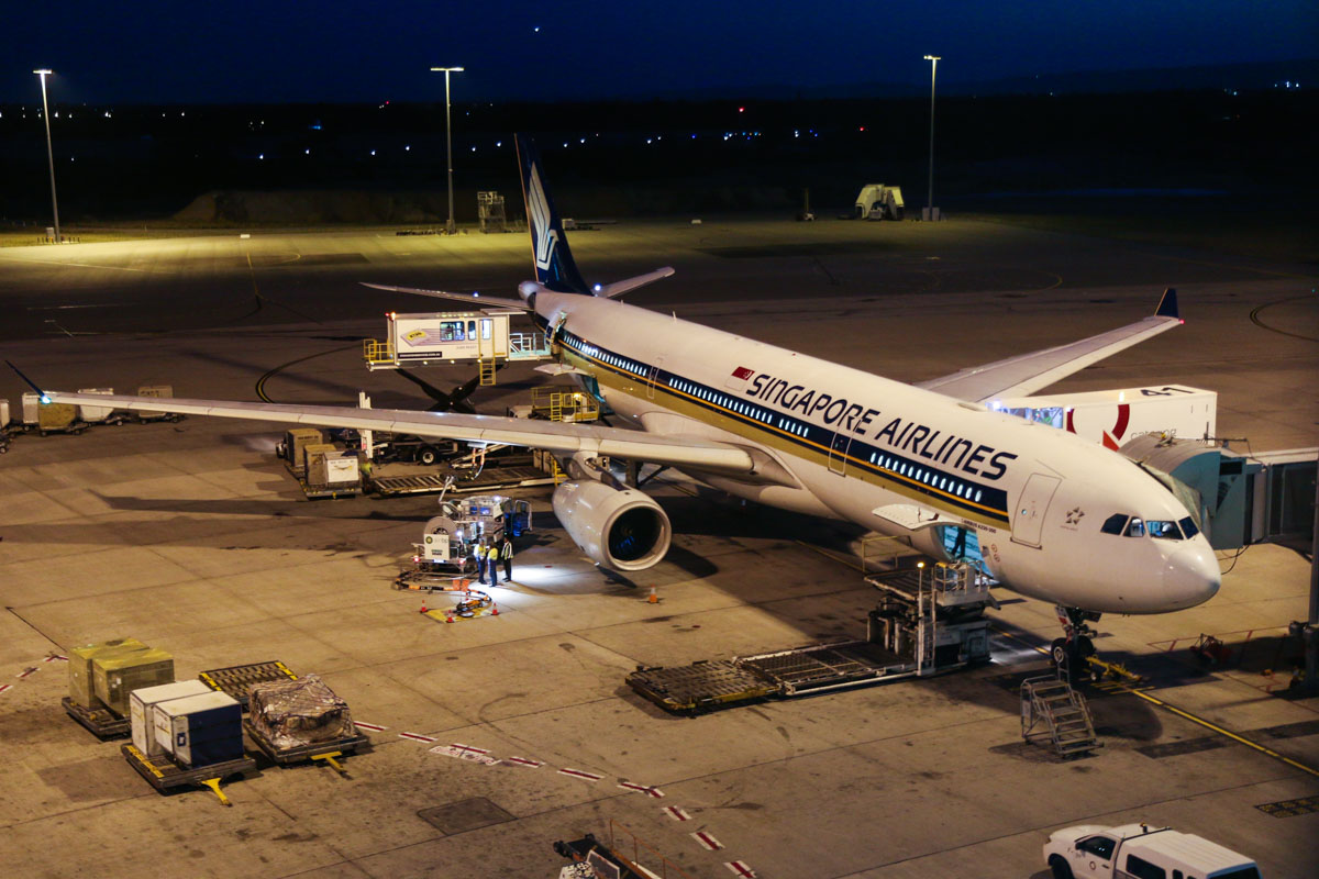 9V-STQ Airbus A330-343X (MSN 1149) of Singapore Airlines, at Perth Airport - Wed 1 April 2015. Flight SQ225 from Singapore, parked at Bay 54 at 5:51am. Photo © David Eyre