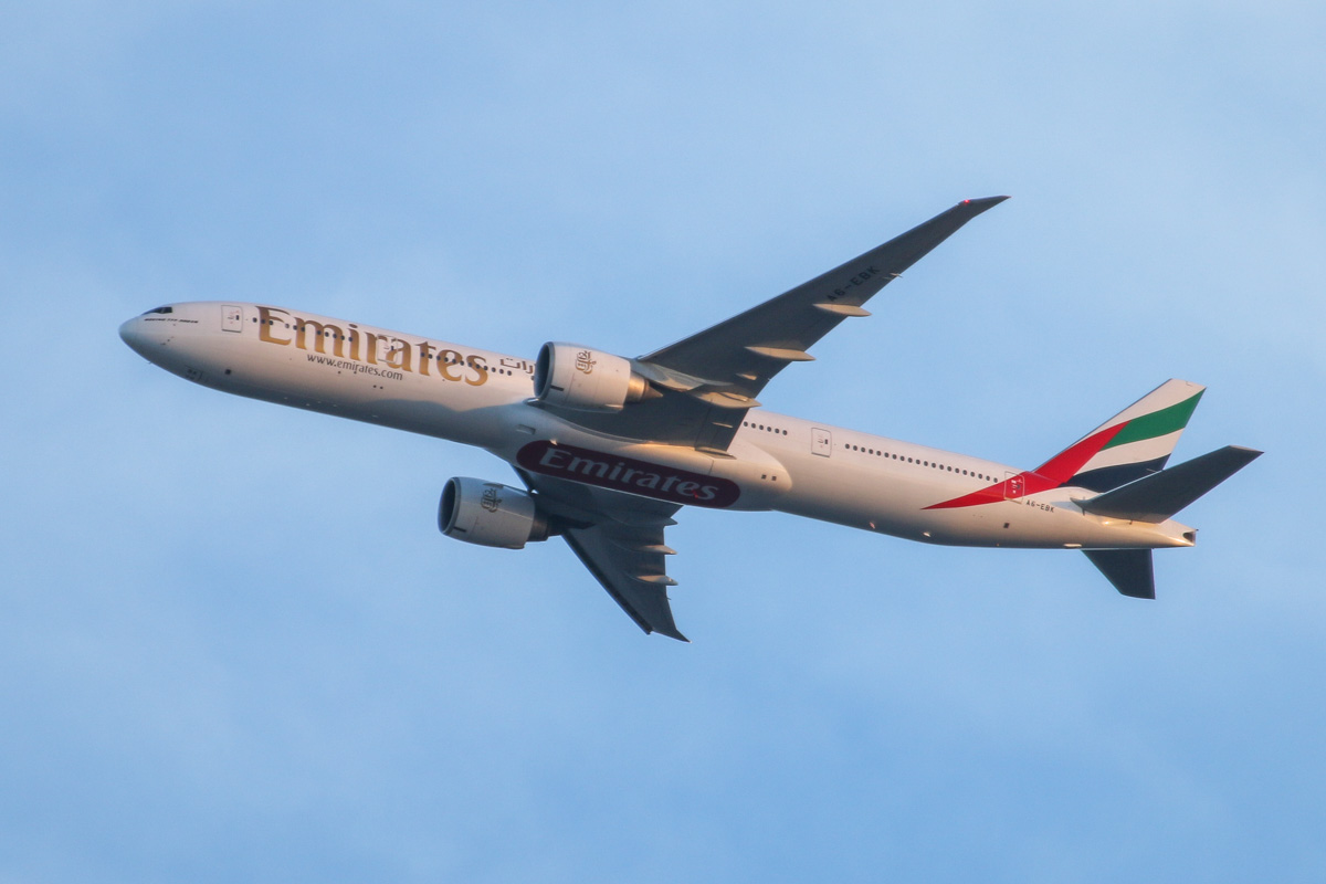A6-EBK Boeing 777-31HER (MSN 34481/549) of Emirates, over the northern suburbs of Perth - Sun 5 April 2015. Flight EK420 from Dubai, flying over the northern suburbs of Perth at 5.24pm, before approaching for a landing at Perth Airport's runway 21. Photo © David Eyre