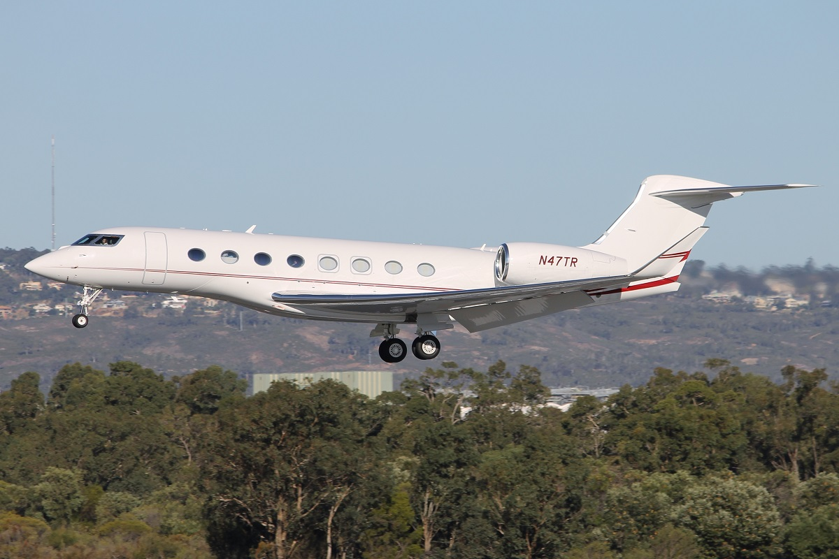 N47TR Gulfstream 6 (G650) (MSN 6101) of Bank of Utah at Perth Airport – 19 April 2015.