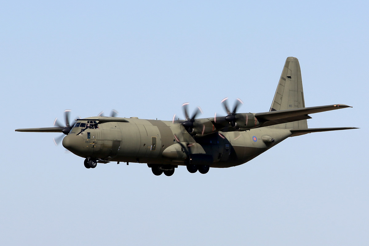 ZH865 Lockheed-Martin C-130J-30 Hercules C4 (MSN 382-5408, ex N130JA) of 24/30/47 Squadron, Royal Air Force, at Perth Airport - Mon 27 April 2015. Landing on runway 03 at 12:59pm as 'ASCOT 5880' arriving from Adelaide. Based at RAF Brize Norton, UK. The RAF has a fleet of 10 C-130J Hercules C5 and 15 C-130J-30 Hercules C4. Photo © Matt Hayes
