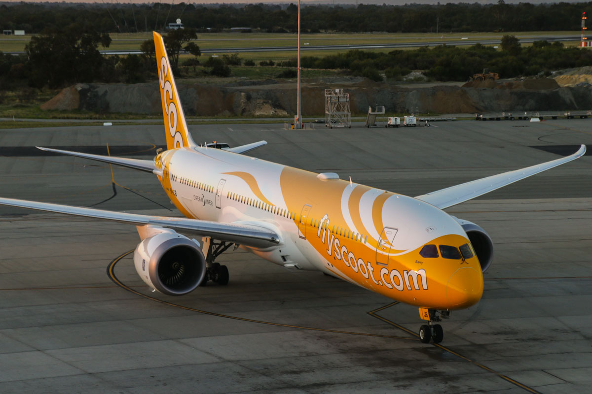 9V-OJB Boeing 787-9 Dreamliner (MSN 37113/272) of Scoot, named 'Barry', at Perth Airport - Fri 1 May 2015. Flight TZ8 from Singapore, taxying in to park at Bay 53 at 5:32pm. Photo © David Eyre