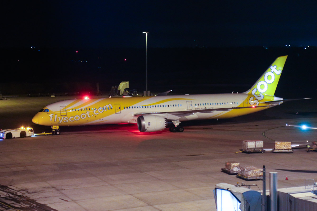 9V-OJB Boeing 787-9 Dreamliner (MSN 37113/272) of Scoot, named 'Barry', at Perth Airport - Fri 1 May 2015. Flight TZ7 to Singapore, being pushed back for departure at 6:43pm. Photo © David Eyre