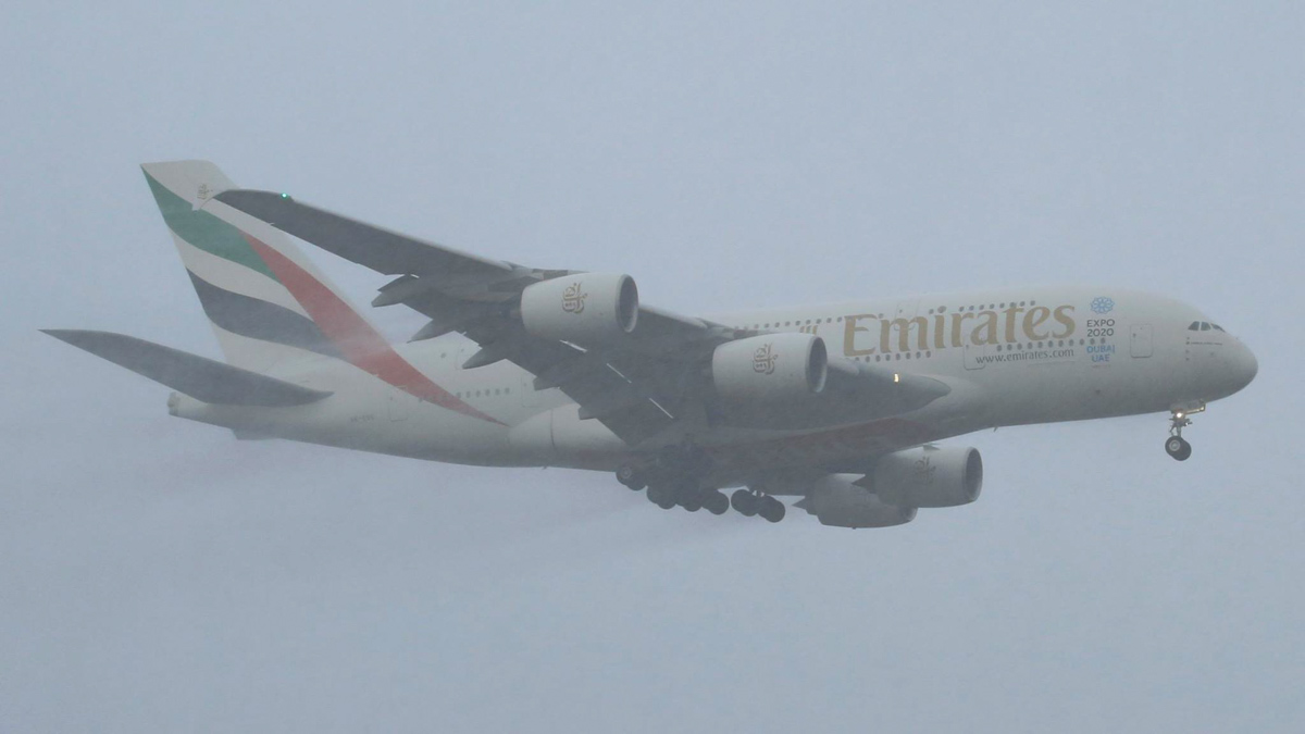 A6-EOG Airbus A380-861 (MSN 172) of Emirates, at Perth Airport - Sun 3 May 2015. Landing in rain. Flight EK420 from Dubai on final approach to runway 21.at 5.04pm. Photo © Ben Cambridge
