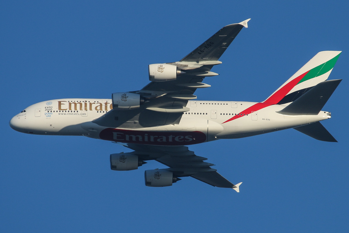 A6-EOG Airbus A380-861 (MSN 172) of Emirates, over the northern suburbs of Perth - Sun 10 May 2015. Flight EK420 from Dubai heading northeast along the 9 DME arc at 4.53pm, to join the approach to Perth Airport's runway 21. Photo © David Eyre