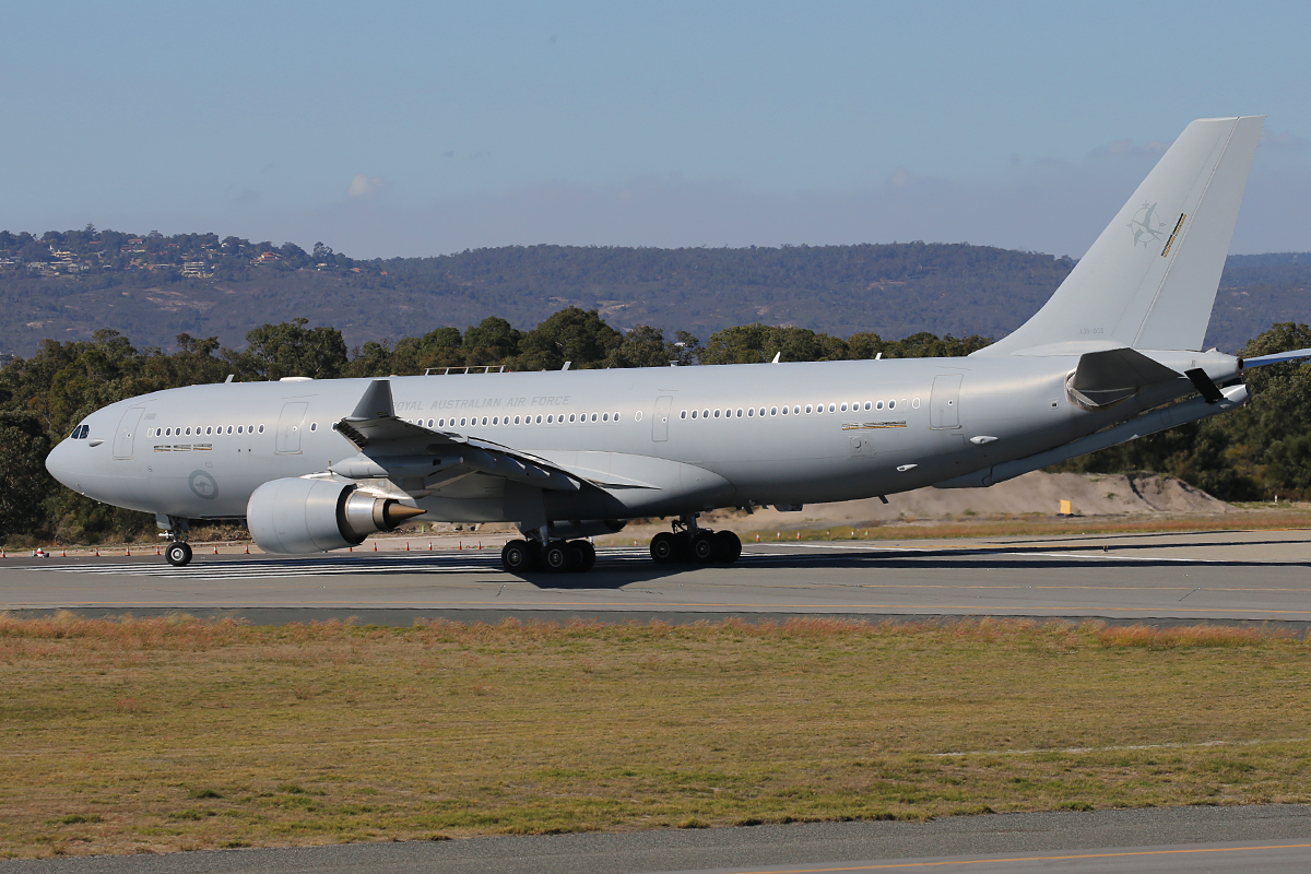 A39-005 Airbus KC-30A (A330-203MRTT) (MSN 1183) of 33 Squadron, RAAF, based at Amberley, QLD, at Perth Airport - 12 May 2015.