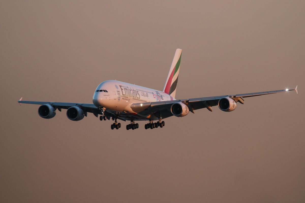 A6-EOF Airbus A380-861 (MSN 171) of Emirates at Perth Airport – Wed 13 May 2015. A6-EOF's first visit to Perth. Flight EK420 from Dubai, landing on runway 03 at 5:11 pm. Photo © David Eyre