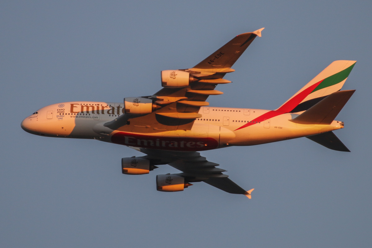 A6-EDE Airbus A380-861 (MSN 017) of Emirates, over the northern suburbs of Perth - Mon 25 May 2015. A6-EDE was the first Emirates A380 to visit Perth, when it arrived on 15 August 2009 due to a medical diversion, whilst en route from Dubai to Sydney. This was its first scheduled visit - it is seen here as flight EK420 from Dubai, flying northeast along the 9 DME arc at 5:16pm, before joining the approach to Perth Airport's runway 21. Photo © David Eyre