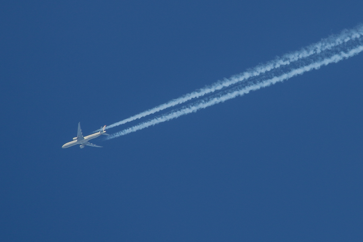 A6-ETO Boeing 777-3FX ER (MSN 39690/1105) of Etihad, over the northern suburbs of Perth - Sun 14 June 2015. Flight EY460 from Abu Dhabi to Melbourne overflying Perth at 36,500 feet and 976 kilometres per hour, at 12:57pm. Photo © David Eyre