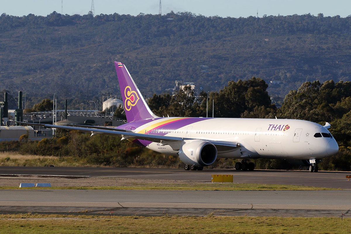 HS-TQD Boeing 787-8 DreamLiner (MSN 35320) Of Thai Airways at Perth Airport – 28 June 2015.