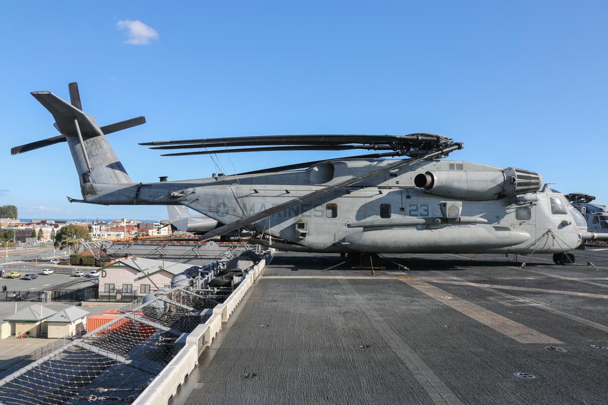 "163087/YJ-23 Sikorsky CH-53E Super Stallion (MSN 65-581) of HMH-462 ""Heavy Haulers"", USMC, embarked aboard USS Bonhomme Richard (LHD-6), at Fremantle - Fri 26 June 2015. Photo © David Eyre"
