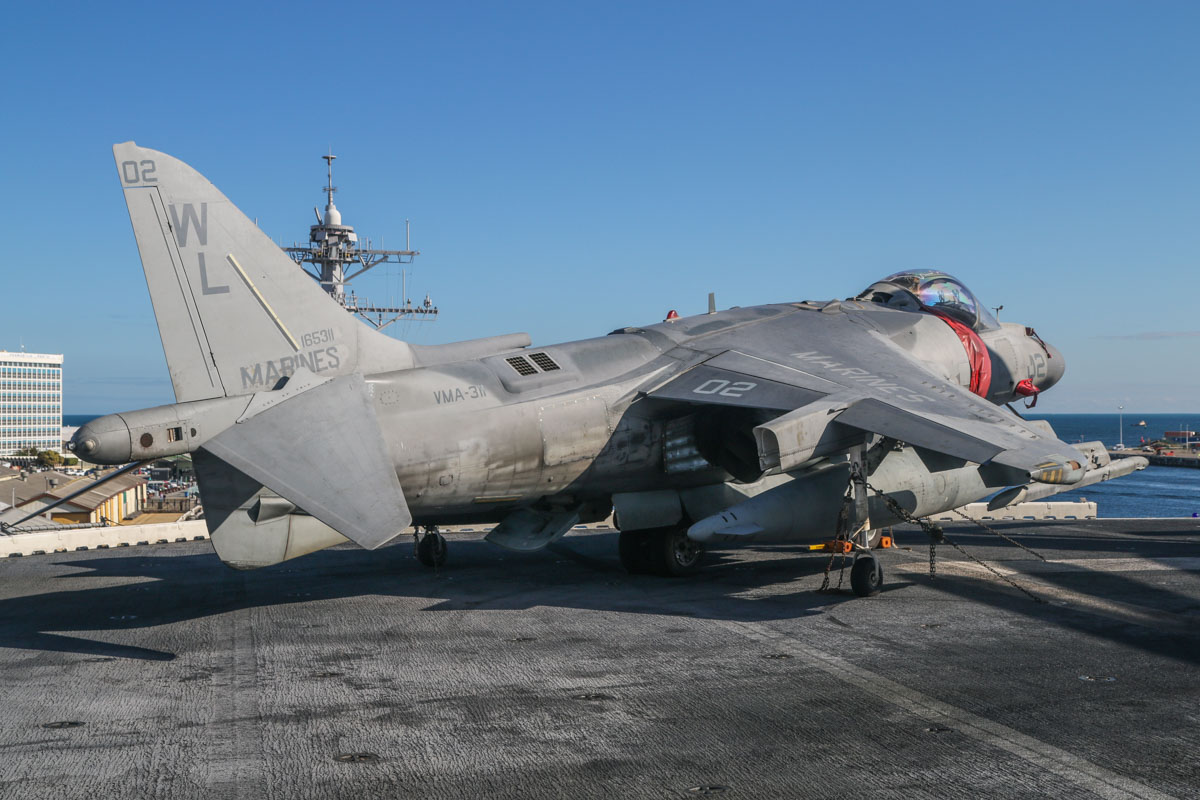"165311/WL-02 McDonnell-Douglas AV-8B+(R) Harrier II Plus (MSN 269, ex 162074) of VMA-311 ""Tomcats"", USMC, embarked aboard USS Bonhomme Richard (LHD-6), at Fremantle - Fri 26 June 2015. Photo © David Eyre"