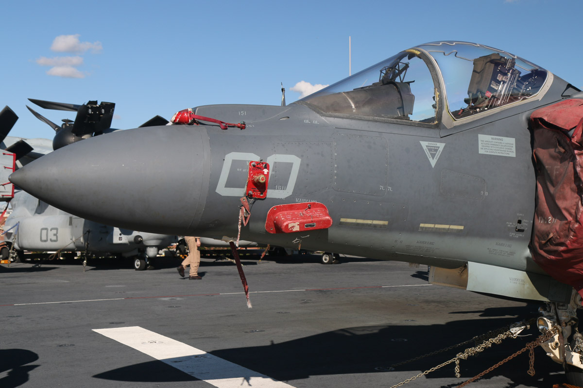 "165567/WL-00 McDonnell-Douglas AV-8B+(R) Harrier II Plus (MSN B304) of VMA-311 ""Tomcats"", USMC, embarked aboard USS Bonhomme Richard (LHD-6), at Fremantle - Fri 26 June 2015. Re-manufactured from Harrier II 163662. Photo © David Eyre"