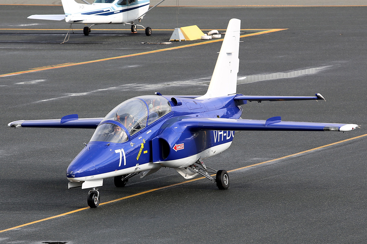 "VH-DQJ / ""71"" SIAI-Marchetti S-211 (MSN 025/02-015) at Jandakot Airport – 5 July 2015."
