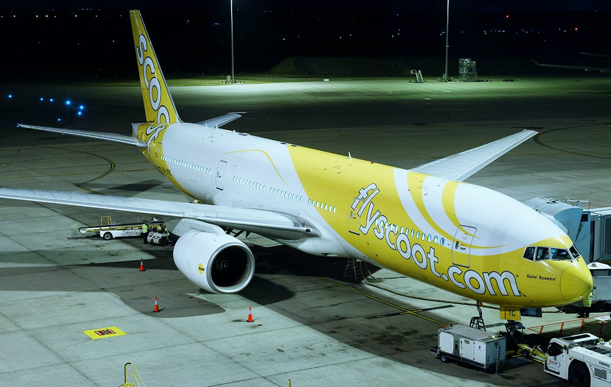 9V-OTC Boeing 777-212ER (MSN 28509/86) named 'Goin' Scootin'', of Scoot, at Perth Airport – 10 July 2015.