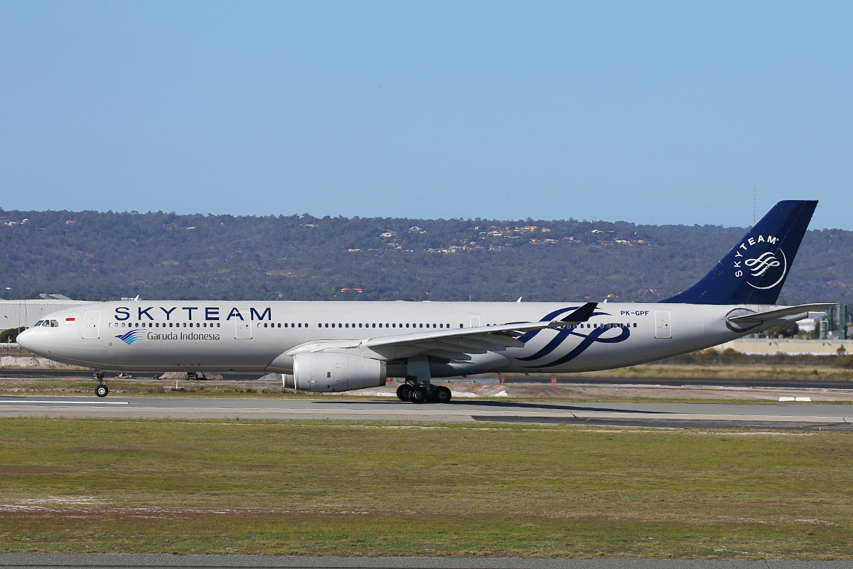 PK-GPF Airbus A330-341 (MSN153) of Garuda Indonesia, in Skyteam livery, at Perth Airport – 11 July 2015.