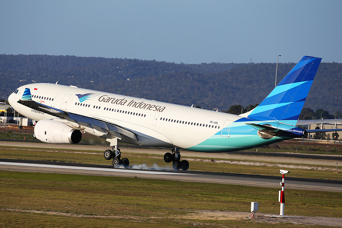 PK-GPL Airbus A330-243 (MSN 1184) of Garuda Indonesia at Perth airport – 11 July 2015.