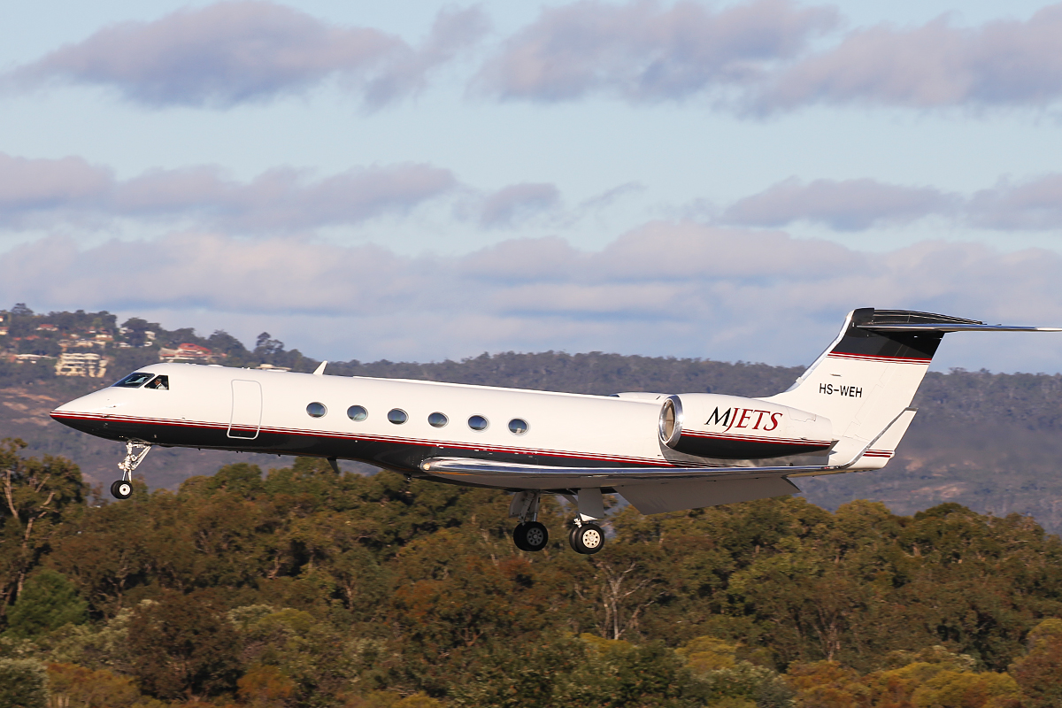 HS-WEH Gulfstream Aerospace G-V (MSN 588) owned by MJets at Perth Airport – 15 July 2015.