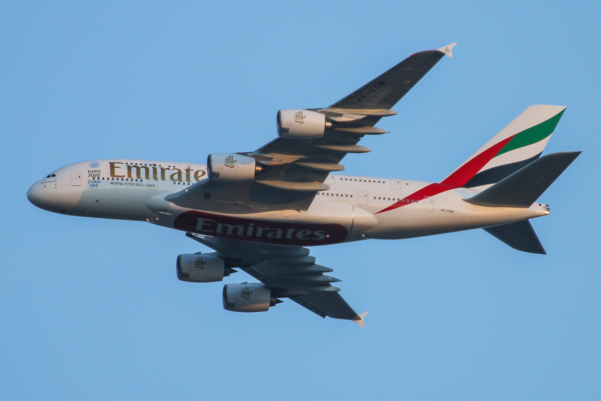 A6-EOM Airbus A380-861 (MSN 187) of Emirates, over the northern suburbs of Perth - Fri 21 August 2015. Flight EK420 from Dubai at 5:40pm, turning northeast along the 9DME arc at 2,900 feet, before joining the approach to Perth Airport's runway 21. Photo © David Eyre