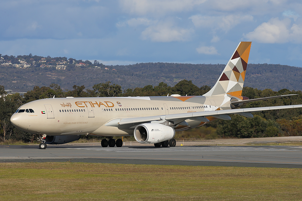 A6-EYI Airbus A330-243 (MSN 730) of Etihad, at Perth Airport – Tue 24 August 2015.