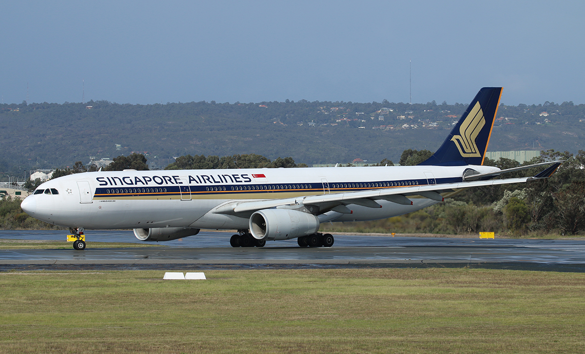 9V-STQ Airbus A330-343X (MSN 1149) of Singapore Airlines, at Perth Airport – 29 August 2015.
