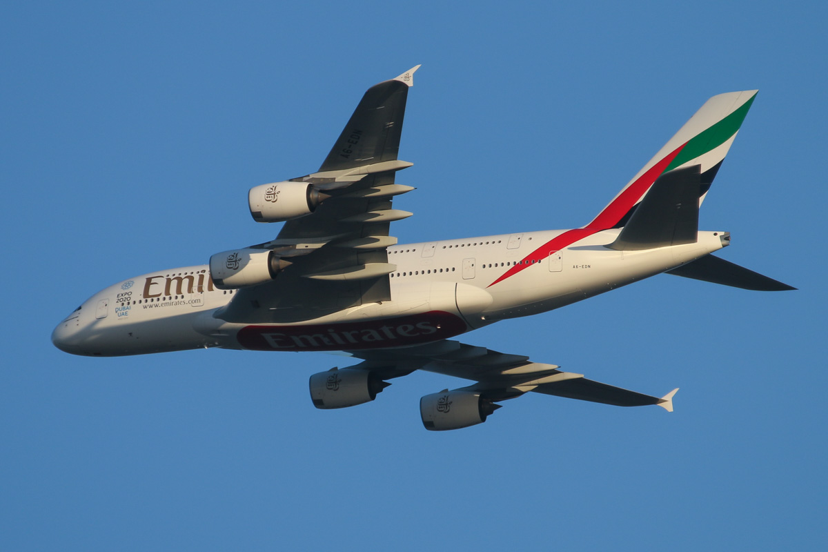 A6-EDN Airbus A380-861 (MSN 056) of Emirates, over the northern suburbs of Perth - Tue 1 September 2015. Flight EK420 from Dubai, at 3,200 feet, turning northeast along the 9 DME arc at 5:25PM, before turning right to join the approach for Perth Airport's runway 21. Photo © David Eyre