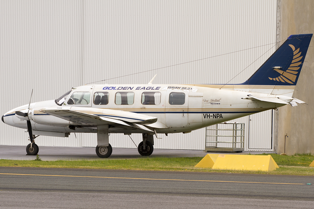 VH-NPA Piper PA-31-350 Navajo Chieftain (MSN 31-8452016) of Golden Eagle Aviation, at Jandakot Airport – 5 Sept 2015.