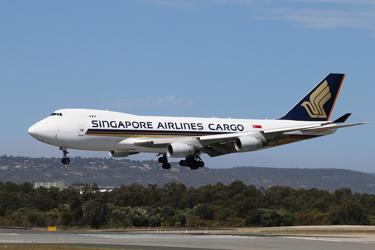 9V-SFO Boeing 747-412F (cn 32900/1349) of Singapore Airlines Cargo at Perth Airport – 24 September 2015.