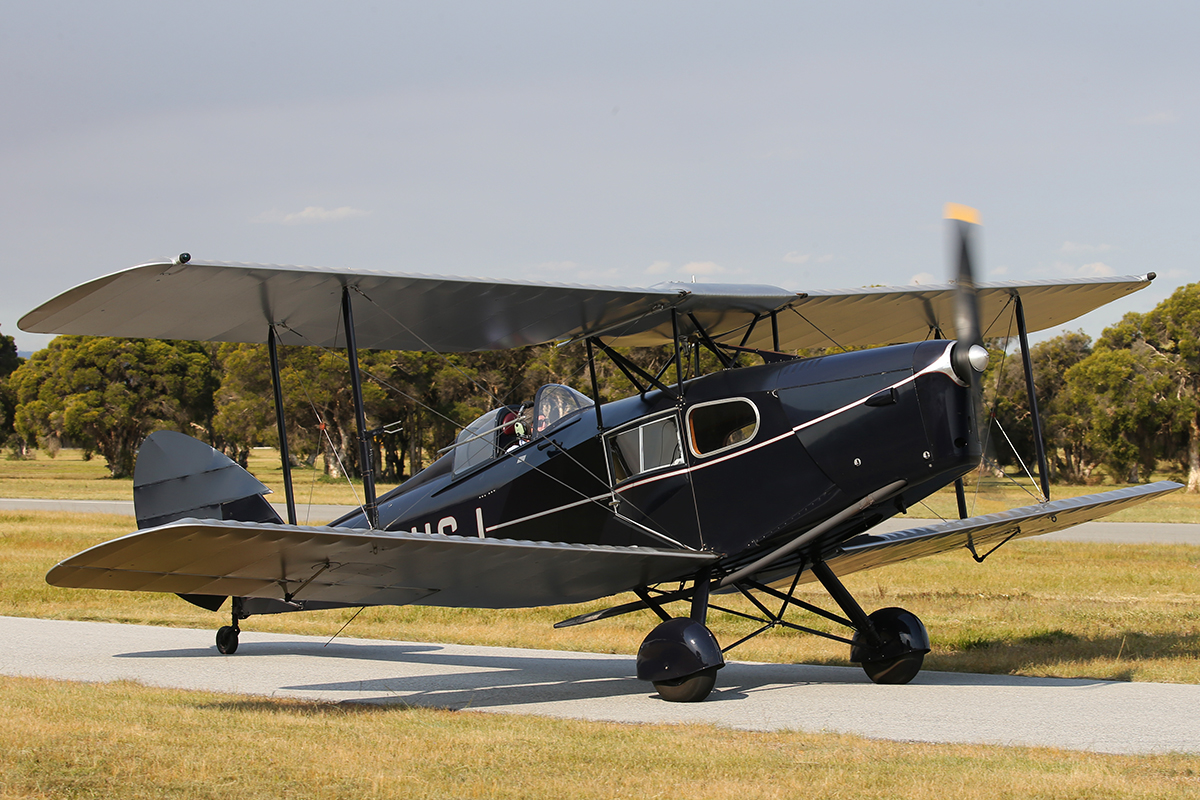 VH-USJ De Havilland DH-83 Fox Moth (MSN 4058) at SABC Annual Fly In, Serpentine Airfield – Sun 27 September 2015.