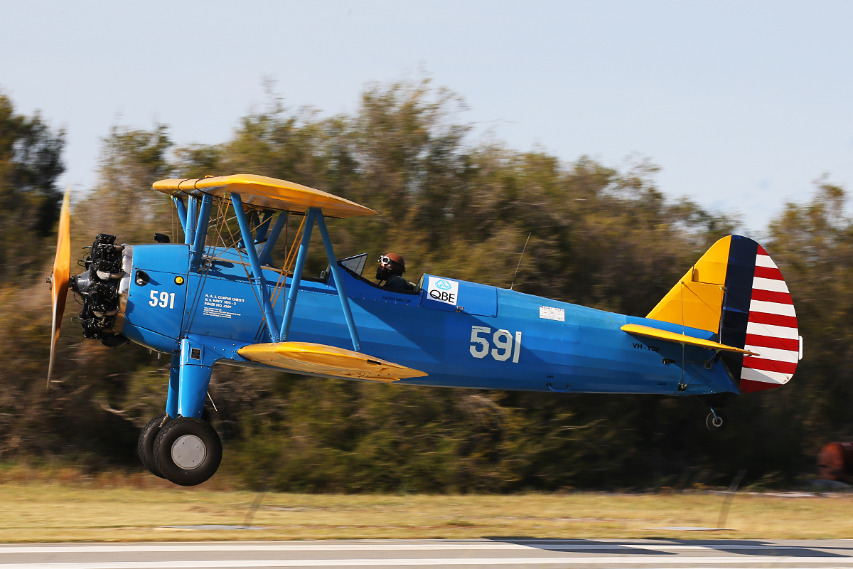 VH-YDF / 4269 / 591 Boeing B75N1 (N2S-3) Stearman (MSN 75-2599B) owned by Julian Walter, at SABC Annual Fly In, Serpentine Airfield – Sun 27 September 2015.