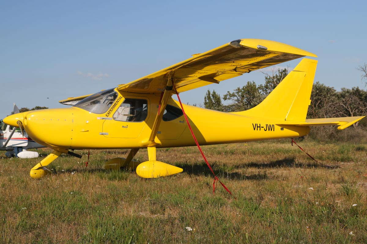 VH-JWI Stoddard Hamilton Sportsman GSII 2+2 (MSN 7343) owned by James Williams, of Boulder, WA, at SABC Annual Fly-In, Serpentine Airfield - Sun 27 September 2015. Photo © David Eyre