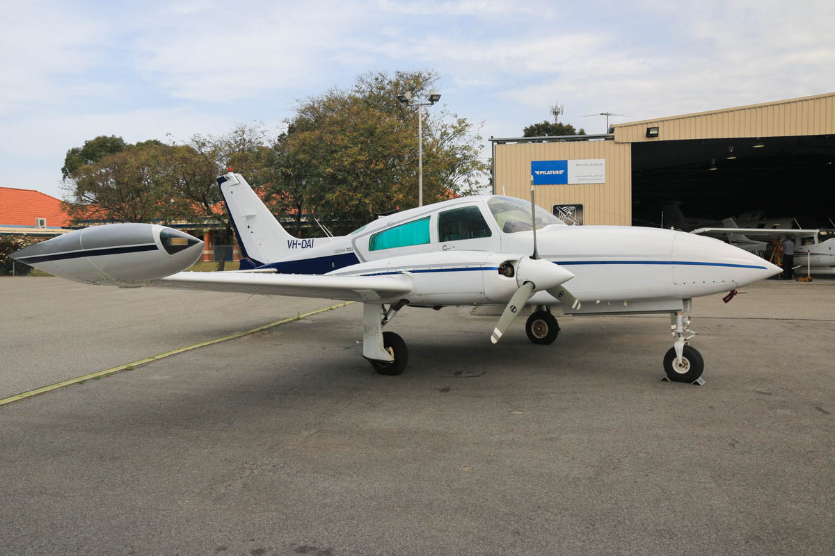 VH-DAI Cessna 310R (MSN 310R0872) owned by Napier Corporation Pty Ltd, of Derby, WA, at Jandakot Airport - Fri 2 October 2015. Built in 1977, ex VH-JVN, N41MD, N3565G. Photo © David Eyre