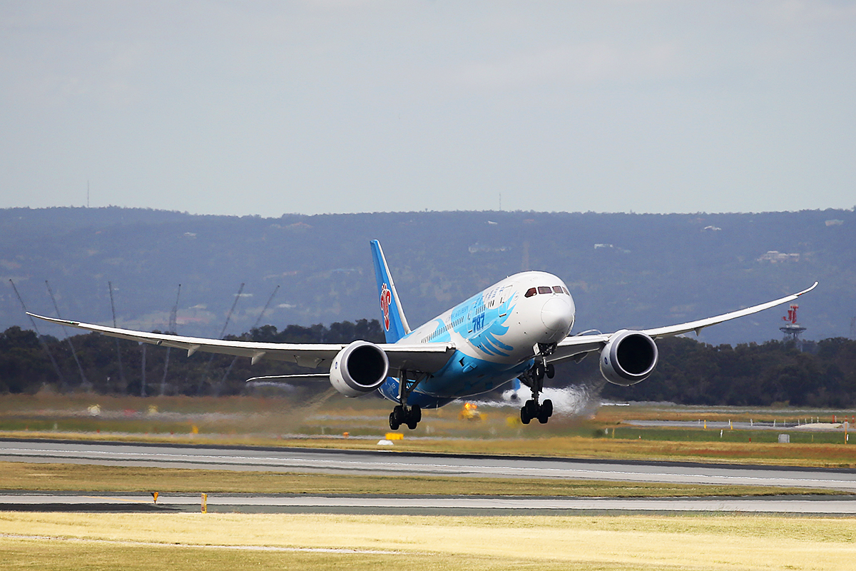 B-2735 Boeing 787-8 Dreamliner (MSN 34928/119) of China Southern, at Perth Airport – 4 October 2015.