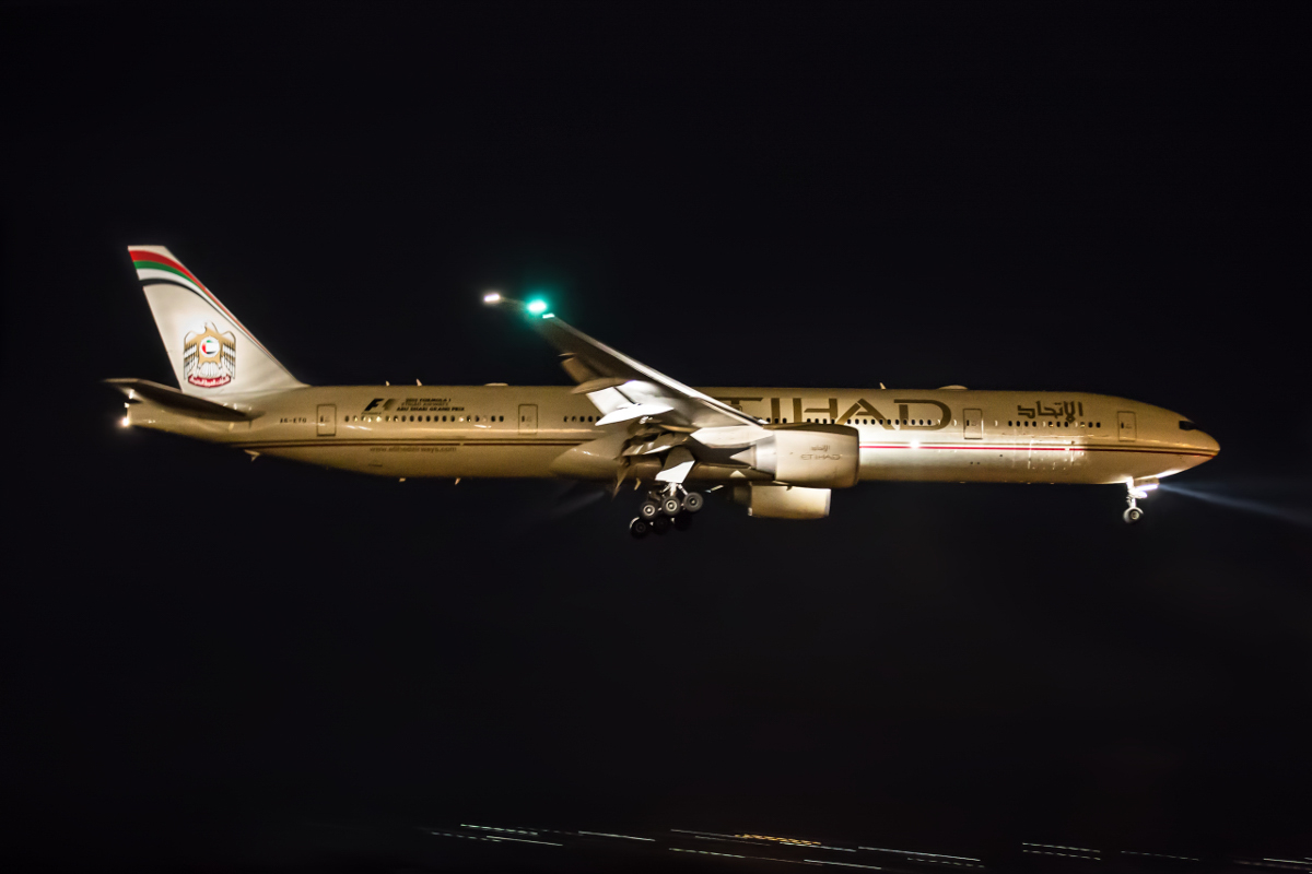 A6-ETO Boeing 777-3FX ER (MSN 39690/1105) of Etihad, at Perth Airport - Wed 14 October 2015. Flight EY461 from Melbourne to Abu Dhabi made an unscheduled medical emergency diversion to Perth, and is seen here landing on runway 21 at 2:48AM. After offloading the ill passenger, it departed at 4:02AM to resume its journey to Abu Dhabi. Photo © Marcus Graff