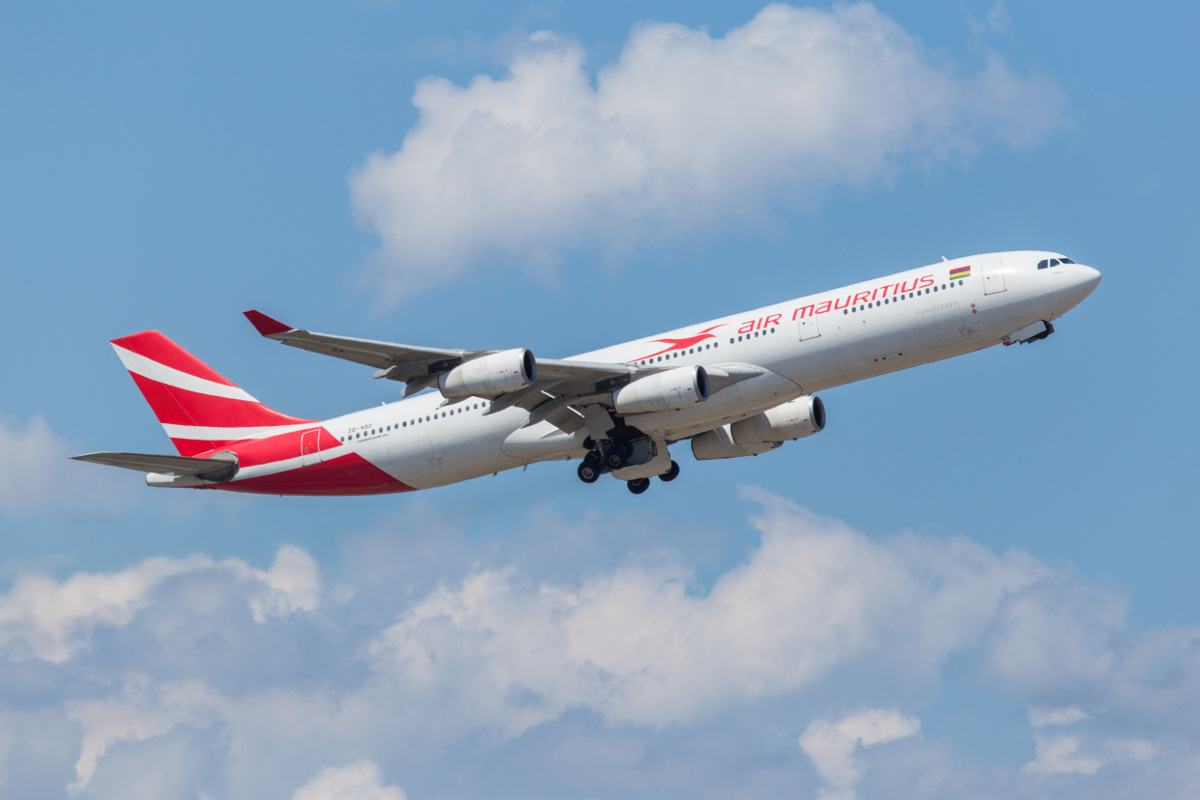 3B-NBD Airbus A340-313X (MSN 194) of Air Mauritius, named 'Parakeet', at Perth Airport - Wed 28 October 2015. Flight MK441 to Mauritius was operated by an A340 instead of the usual A330-200 today. Seen taking off from runway 21 at 1:40pm. A340s were used on the Mauritius/Perth services prior to the introduction of the A330s. Photo © Marcus Graff