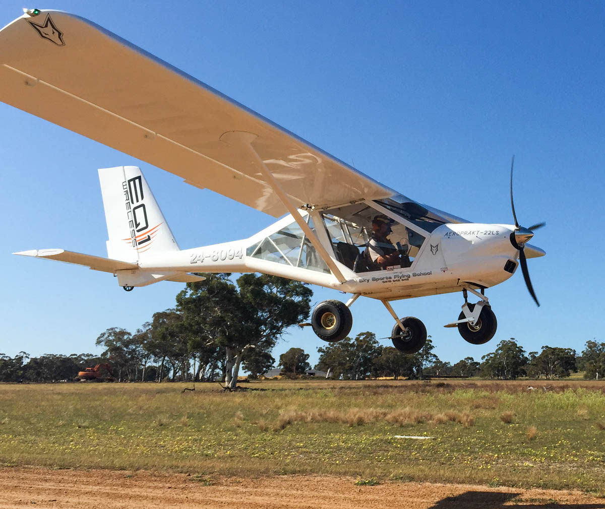 24-8094 Aeroprakt A22LS Foxbat (MSN A22LS-118_ owned by Sky Sports Flying School, at White Gum Farm Airfield (YWGM) - 18 September 2015 The Aeroprakt A-22 Foxbat is a Ukrainian two-seat, high-wing, tricycle gear ultralight aircraft that was designed by Yuri Yakovlev and is manufactured by Aeroprakt. Photo © Andrew Cotterall