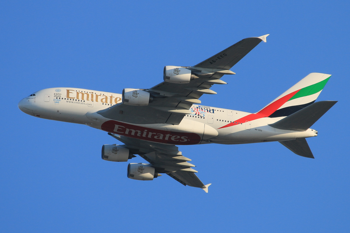 A6-EEG Airbus A380-861 (MSN 116) of Emirates, with 'Rugby World Cup 2015 - England 2015' decals, over the northern suburbs of Perth – Wed 21 October 2015. Flight EK420 from Dubai, turning northeast along the 9 DME arc, before joining the approach to Perth Airport's runway 21 at 5:28pm. Photo © David Eyre