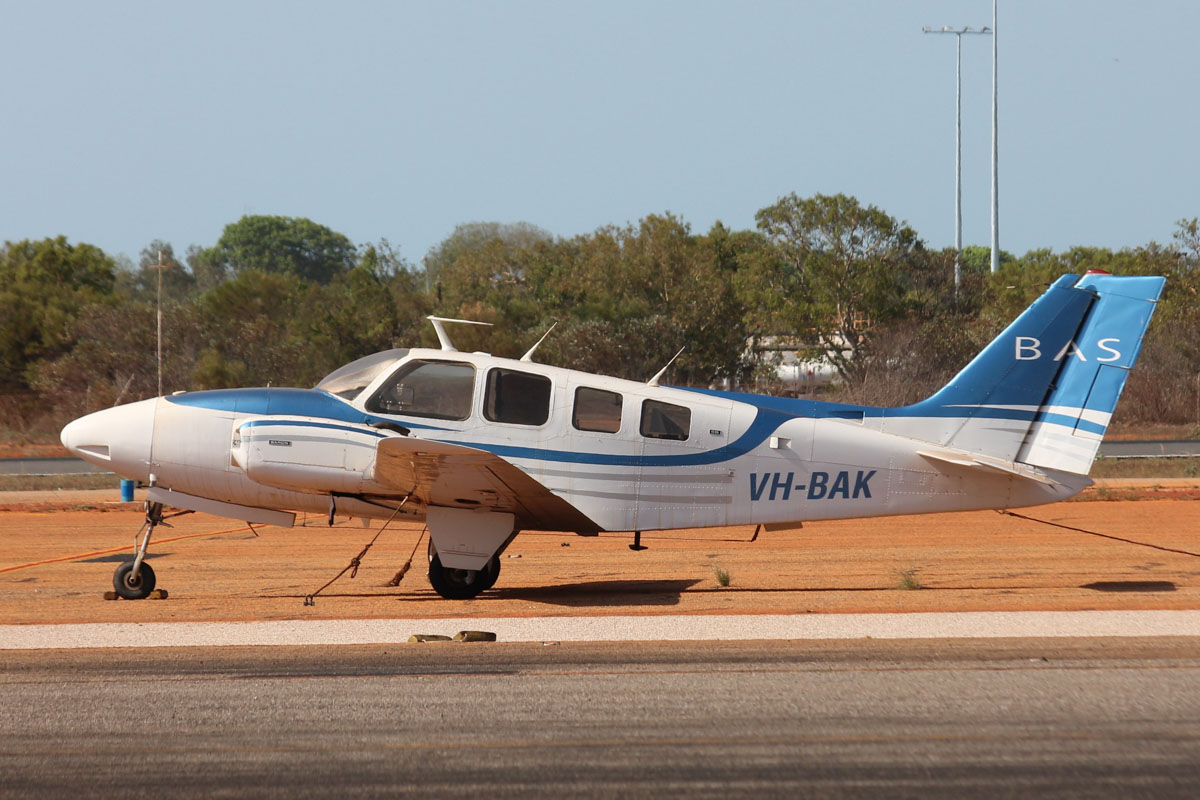 VH-BAK Beech 58 Baron (MSN TH-327) owned by Broome Air Services (BAS) at Broome Airport - 25 October 2015. Built in 1973, ex N25626. Photo © Jonathan Williams