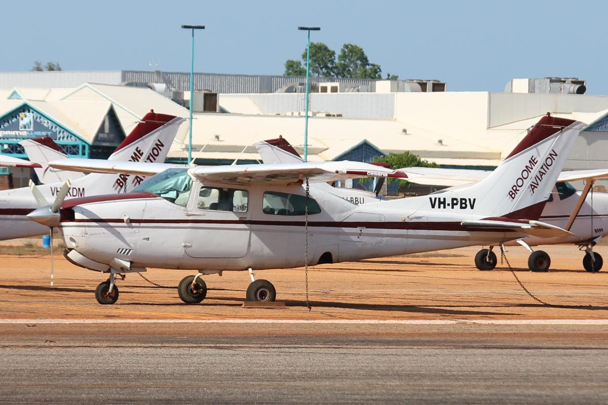 VH-PBV Cessna 210M Centurion (MSN 21062350) owned by Broome Aviation, at Broome Airport - 25 October 2015. Built in 1978, ex N761LW. Photo © Jonathan Williams
