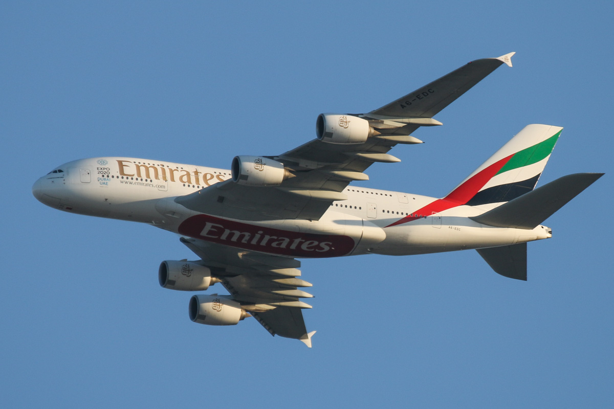 A6-EDC Airbus A380-861 (MSN 016) of Emirates, over the northern suburbs of Perth - Tue 3 November 2015. Flight EK420 from Dubai, heading northeast along the 9 DME arc at 6:02pm, before joining the approach to runway 21 at Perth Airport. Photo © David Eyre
