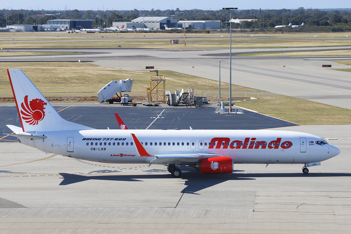 9M-LNW Boeing 737-8GP (MSN 39875/5616) of Malindo Air, at Perth Airport - Thu 19 November 2015.