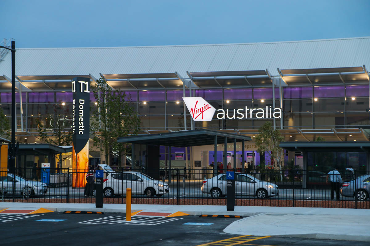 Terminal 1 Domestic on the first day of operations, Perth Airport - Sun 22 November 2015. View of the terminal at 5:14am, 32 minutes before the doors opened. Terminal 1 International is off to the right of this photo. Photo © David Eyre