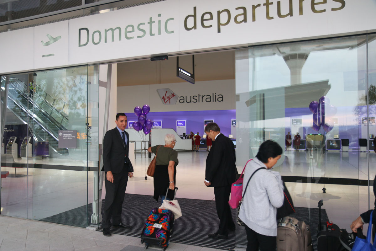 Terminal 1 Domestic on the first day of operations, Perth Airport - Sun 22 November 2015. The first passenger enters the terminal at 5:46am. Photo © David Eyre