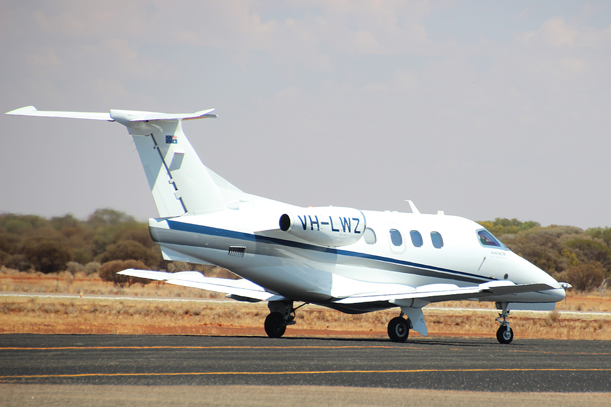 VH-LWZ Embraer 500 Phenom 100 (MSN 50000306) of China Southern WA Flying College (operated by Revesco Aviation), at Meekatharra Airport – 19 Nov 2015.