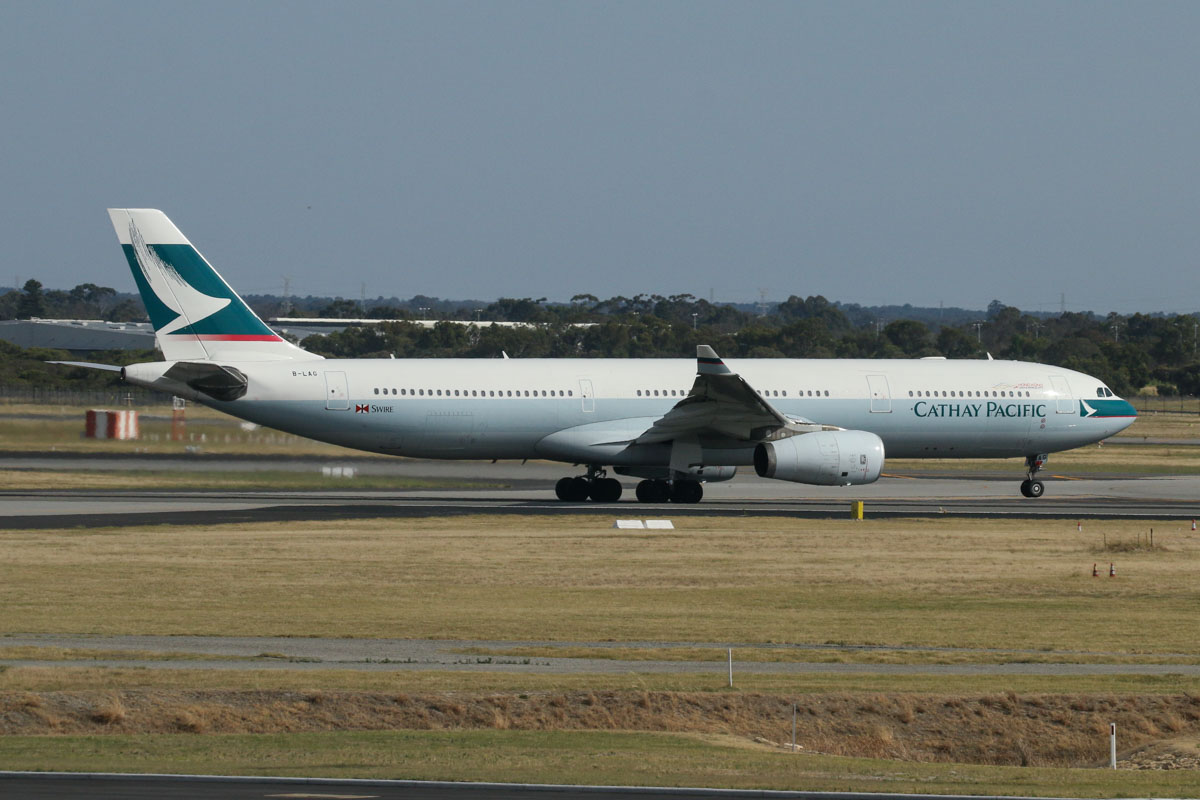 B-LAG Airbus A330-343X (MSN 895) of Cathay Pacific, seen from food court windows near Gate 50/Bay 150, Terminal 1 Domestic, Perth Airport - Sun 22 November 2015. Taking off from runway 06 at 7:54am as CX136 to Hong Kong. Photo © David Eyre