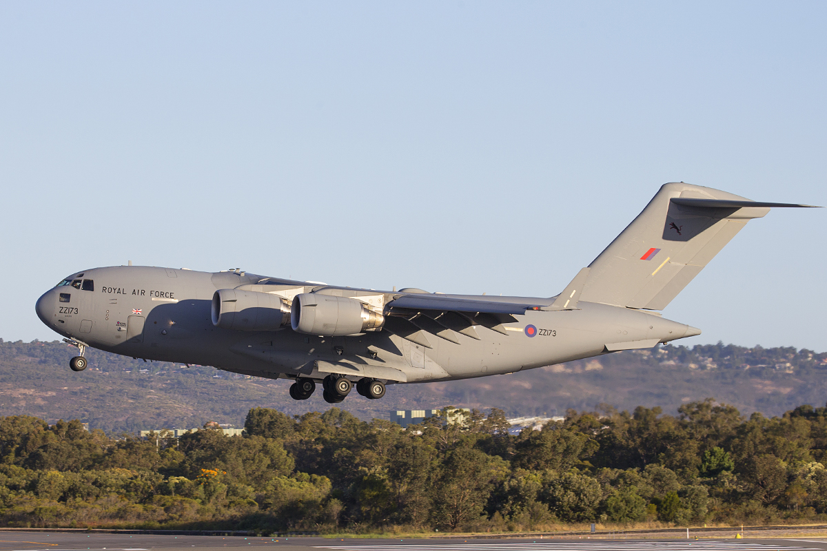 ZZ173 Boeing C-17A Globemaster III (cn F-80/UK-3) of 99 Squadron, Royal Air Force, based at RAF Brize Norton, UK at Perth Airport – 1 Dec 2015.