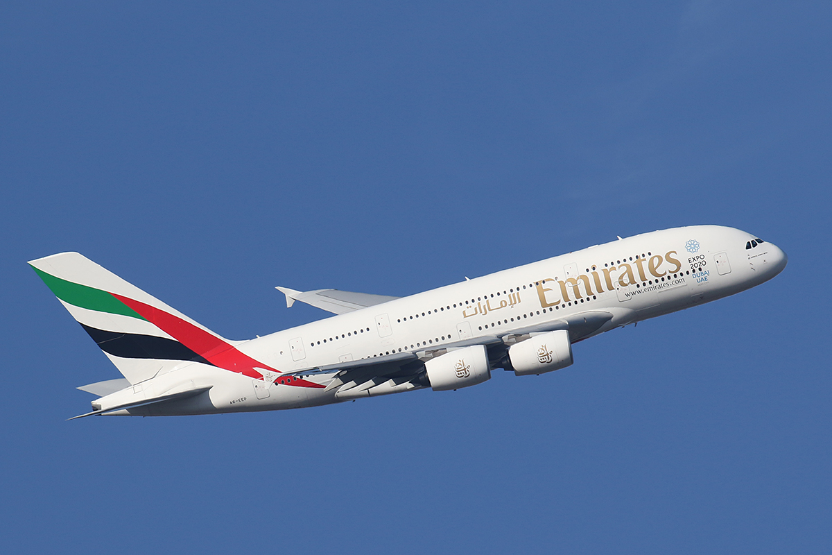 A6-EEP Airbus A380-861 (MSN 138) of Emirates, over the Swan Valley, Perth - 2015.