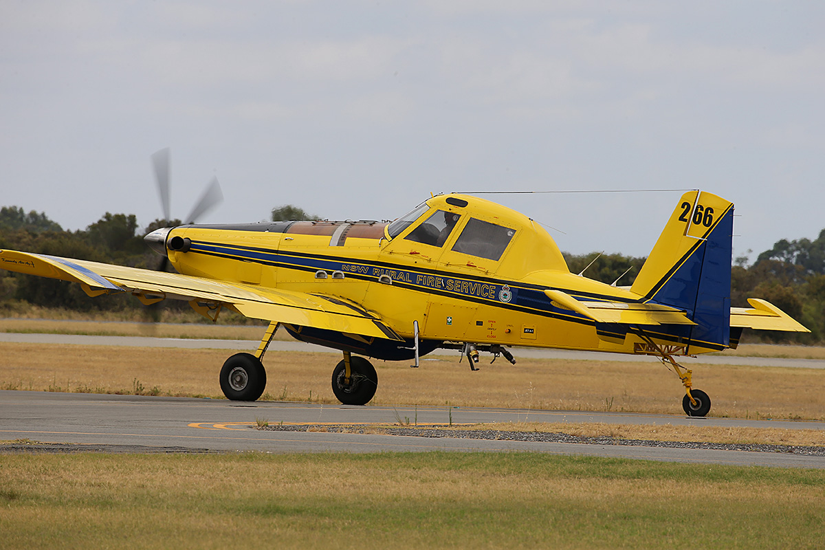 VH-XAV Air Tractor AT-802 (MSN 802-0377)of Kennedy Aviation, for the NSW Rural fire service at Jandakot Airport – 11 Jan 2016.