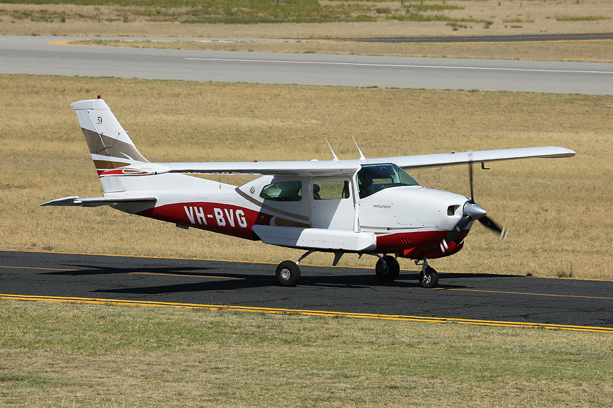 VH-BVG Cessna 210N Centurion II (MSN 21064019) owned by Handel Aviation, Gymea, NSW, operated for Nearmap Pty Ltd, at Jandakot Airport – 22 Jan 2016.