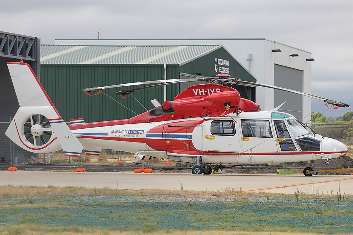 VH-IYS Eurocopter AS.365N2 Dauphin (MSN 6477) of McDermott Aviation at Jandakot Airport – 31 Jan 2016.
